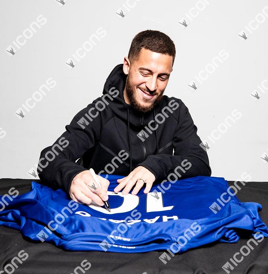 Eden Hazard Back Signed Chelsea 2017-18 Home Shirt Autograph Jersey ... f2dfdd913